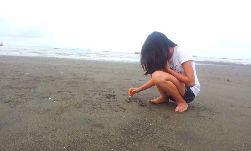 Aprender a escribir sobre arena